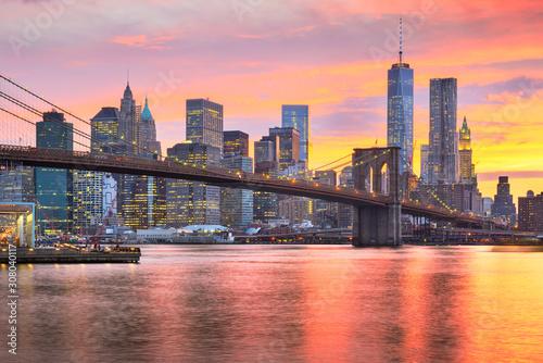 Skyline Dolnego Manhattanu i Most Brookliński