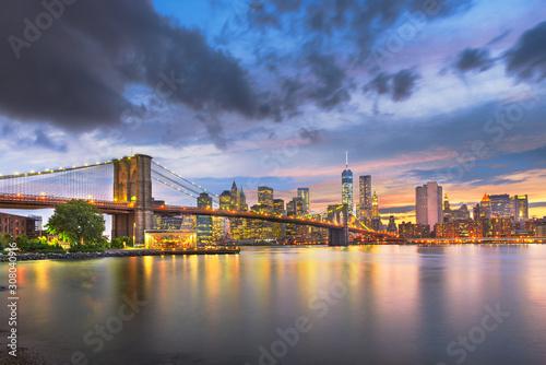 Fototapeta Lower Manhattan Skyline and Brooklyn Bridge obraz