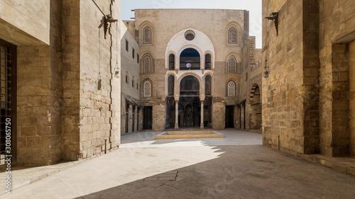 Obraz na plátne Main Iwan at courtyard of public historic mosque of Sultan Qalawun, Moez Street,
