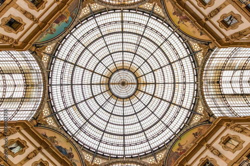 The awesome roof in the middle of the famous shopping centre Galleria Vittori...