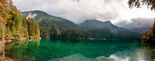 Lago Smeraldo di Tovel Fototapete