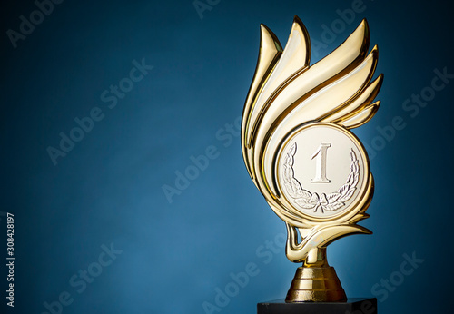 Fotografiet Championship trophy for the first place winner