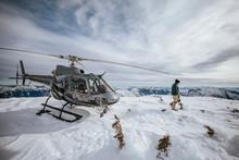 Helicopter Pilot Explores A Sn...