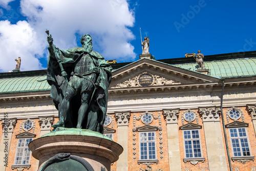 Foto op Aluminium Historisch mon. Statue of Gustavo Erici in front of Riddarhuset (House of Nobility) in Stockholm, Sweden, Scandinavia, Europe