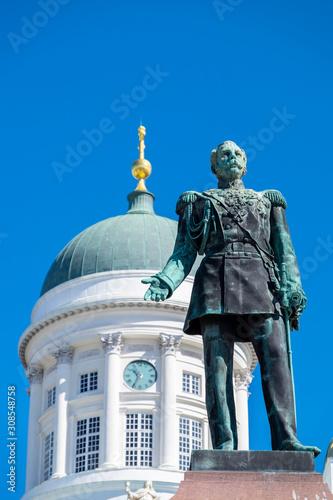 Foto op Aluminium Historisch mon. The Alexander II statue, Tuomiokirkko (Helsinki Cathedral), Helsinki, Scandinavia, Europe