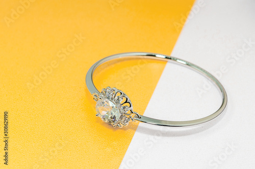Fotomural Jewelry diamond bracelet
