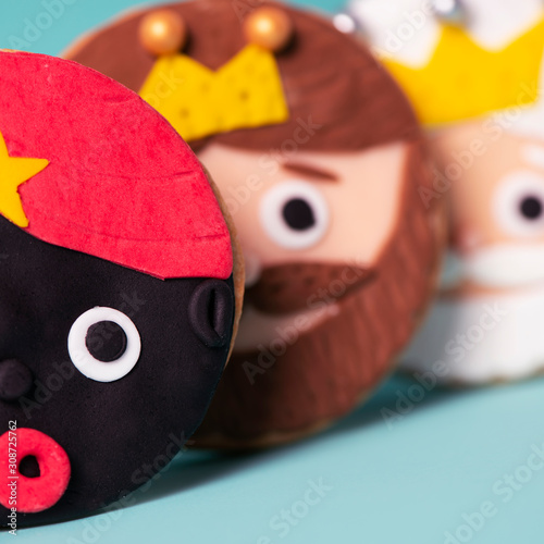 Photo cookies in the shape of the magi