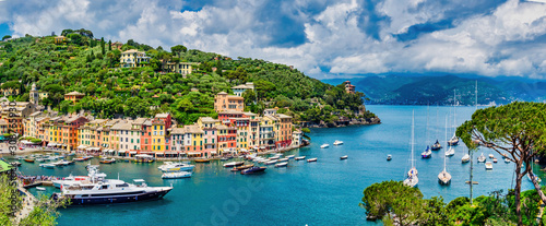 Photo View of Portofino fishing village on the Ligurian Riviera south-east of Genoa