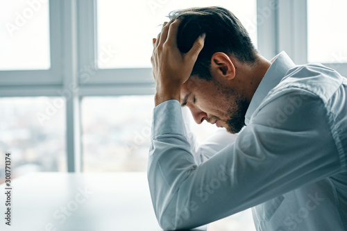 Fotografia man with headache