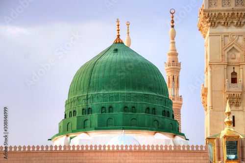Photo Medina/Saudi Arabia - May 30, 2015: Prophet Mohammed Mosque, Al Masjid an Nabawi