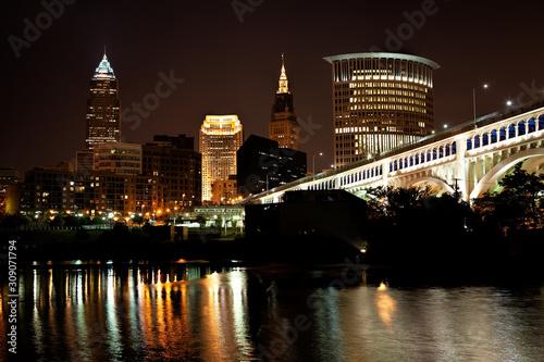 Fényképezés  Cleveland Skyline Night