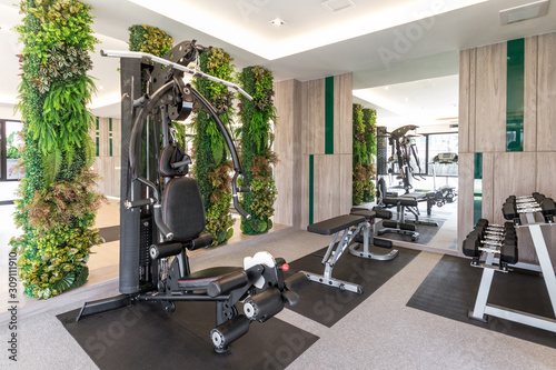 Photo Bright and airy large gym room
