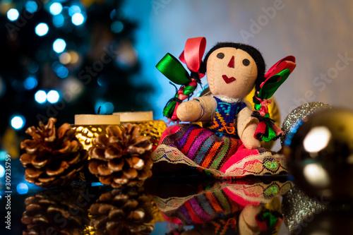 Muñeca tradicional mejicana decoración de navidad Canvas Print