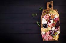 Antipasto Platter With Ham, Pr...