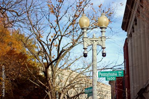 Fotografija Street lamp in Washington DC at Pennsylvania Avenue and Madison
