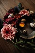 Easter Quail Eggs In Nest Of F...