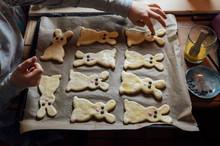 Food: Easter Bunnies, Yeast Dough