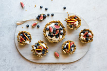 Breakfast Muesli Tarts With Fruit