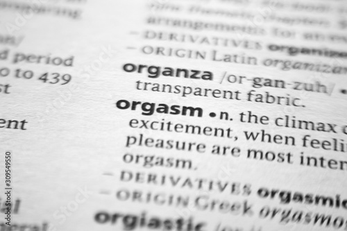 Foto Word or phrase Orgasm in a dictionary.