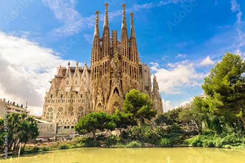 Photo BARCELONA, SPAIN - SEPTEMBER 15: Sagrada Familia of 2015 in Barcelona
