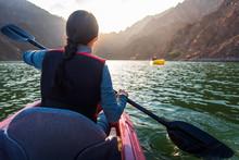 Woman Kayaking In Hatta Lake I...