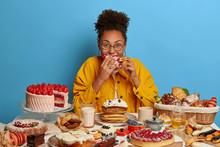 Funny Glutton Woman Bites Cake...