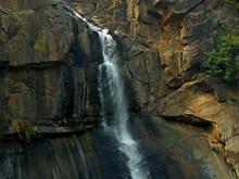 Water Splashing On Rocks To Fo...