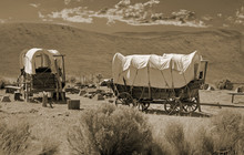 Simulated Old Photograph Of Wagons On The Oregon Trail