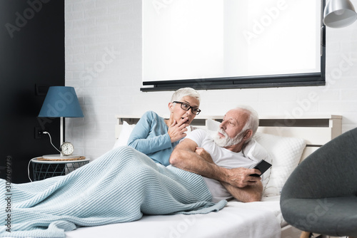 Older couple in an altercation Canvas Print