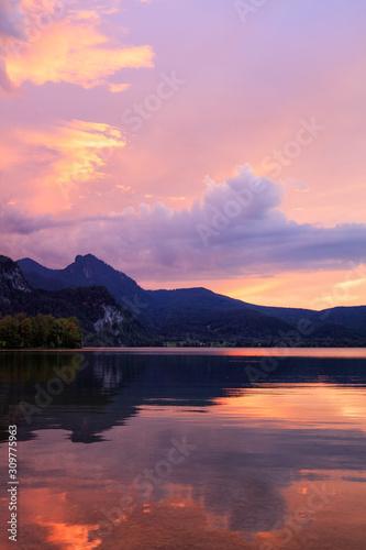 Fototapeta Majestic Lakes - Kochelsee obraz na płótnie