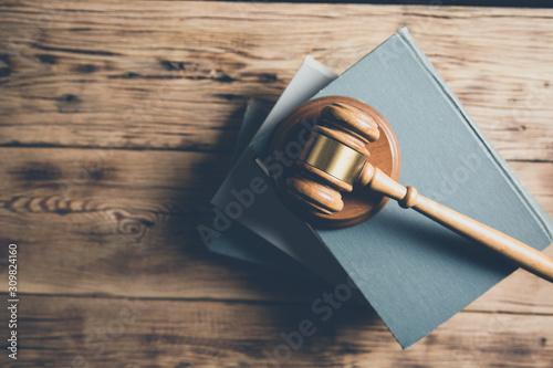 wooden judge on books on the desk Fototapet