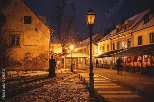 Fotografiet Old Tkalca street in Zagreb evening advent view