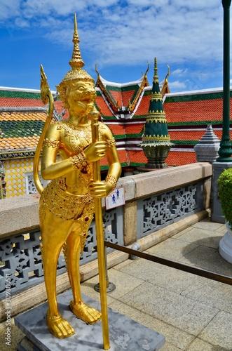 Wat Phra Sri Rattana Satsadaram: templo del Buda de esmeralda Wallpaper Mural