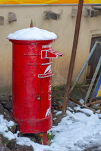 Snow On The Historic Red Post ...