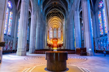 Historic Grace Cathedral Inter...