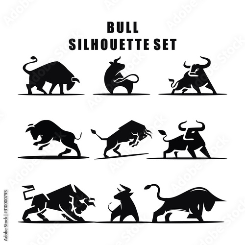 Stampa su Tela Vector illustration of Bull Silhouette logo icon set