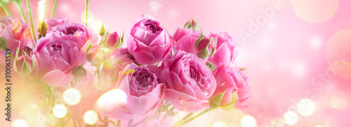 Pink Roses bouquet, blooming roses. Rose flowers bunch art design, nature. Holiday gift, Bunch of roses flower. Pastel colours. Holiday backdrop, birthday, wedding bouquet. Valentine's Day card design - 310063539