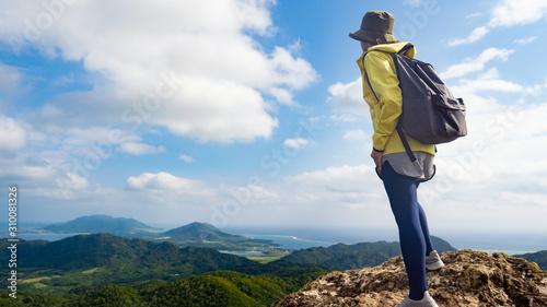 Fototapeta 登山 女性