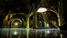 Unterirdischer See In Historischem Gewölbe In Mystischem Zwielicht
