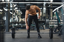 Strong Bodybuilder Going To Ex...