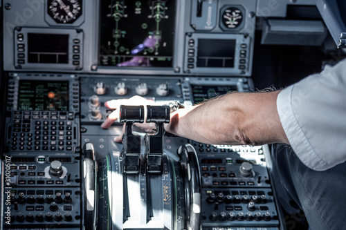 Foto cockpit of airplane