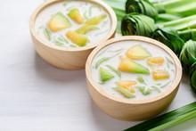 Thai Dessert (Lod Chong), Rice...