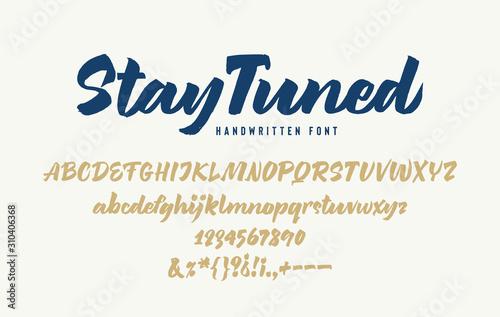 Tableau sur Toile Stay Tuned Handwritten Bold Italic Font
