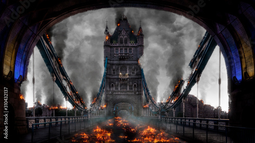 fototapeta na ścianę Tower Bridge London Burning