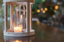 Lanterna Di Legno Con Lumino A...