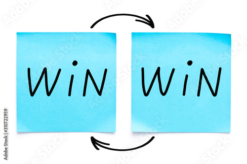 Win-Win Strategy Concept On Sticky Notes Canvas-taulu