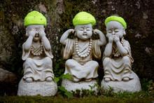 Japan, Miyajima Island, Statues