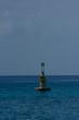 Mar del caribe con señalización
