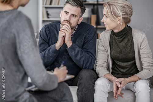 Stampa su Tela Wife and husband during marriage therapy with counselor