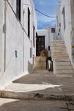 Fototapeta Uliczki - narrow street in old town of Naxos,Greece